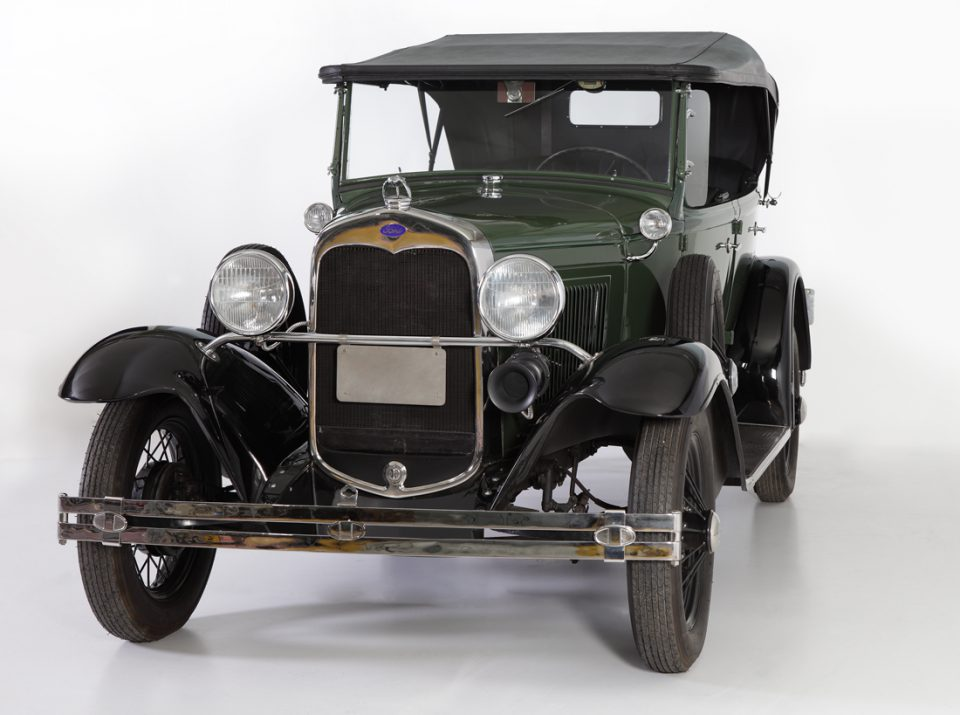 FORD-MODEL-A-1931-PHATEON